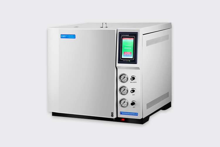 简述使用气相色谱仪的工作环境及对操作人员的基本要求