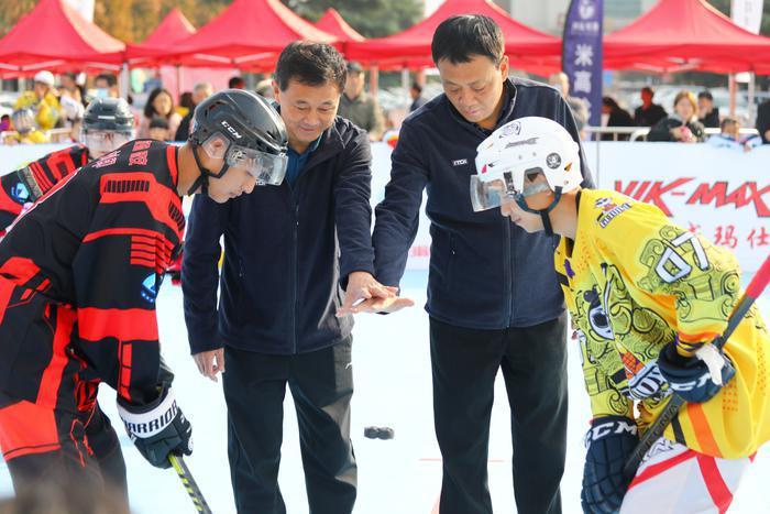 """""""我要上全运""""陕西省轮滑球公开赛举行"""