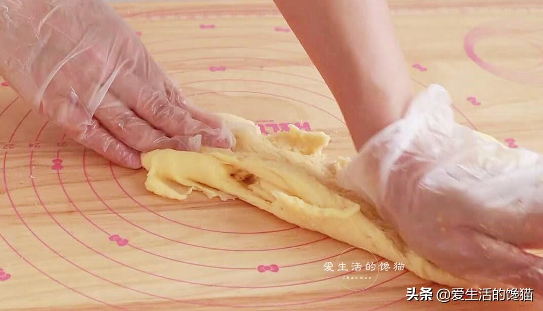 靠譜的麻薯包配方來了,揉一揉,烤一烤,個個空心圓溜溜