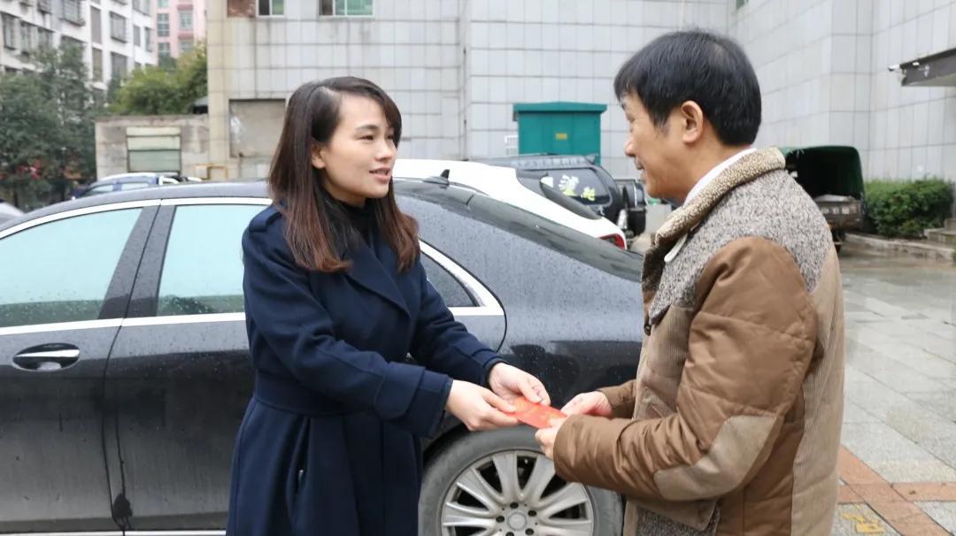 邵东经开区新春走访慰问,情暖退休干部、困难党员