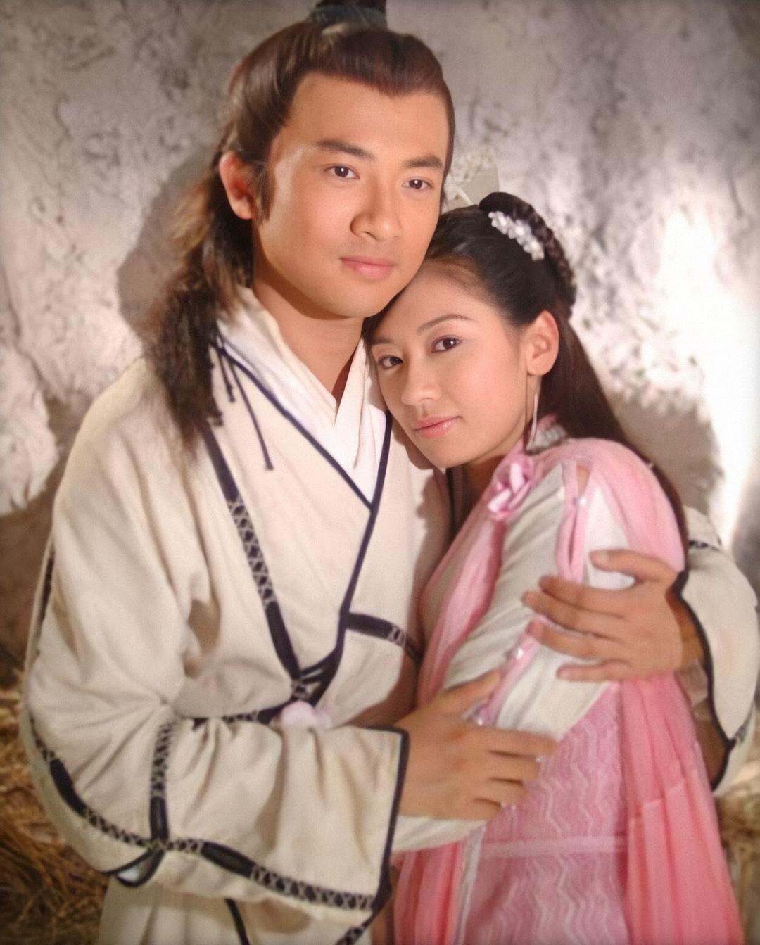 黄蓉赵敏为代表,金庸女主几乎全是男人的附庸,而古龙才是真女权