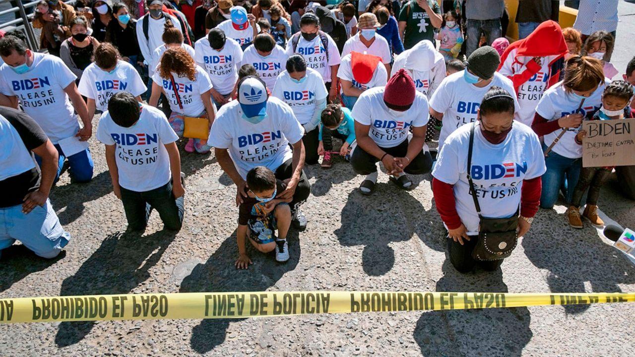 大量移民跪在拜登面前,恳求美国敞开大门。拜登冷血地拒绝了:不可能