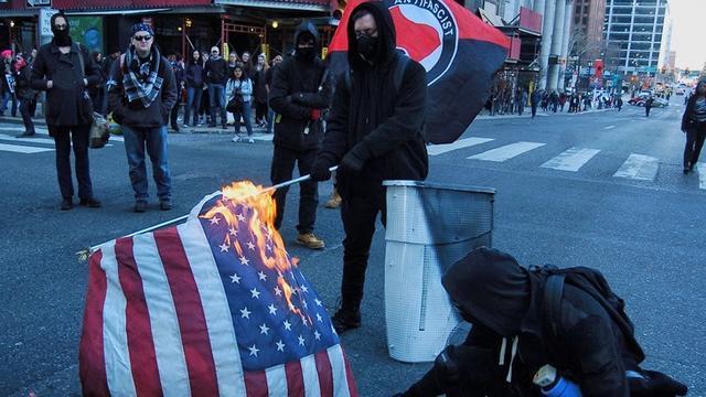 """美""""起义军""""准备围攻里士满,针对特朗普支持者暴动,内战来临?"""