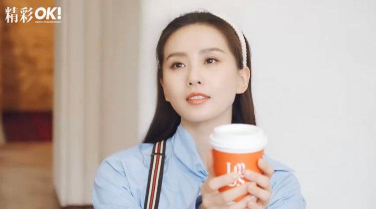 刘诗诗时尚大刊拍不停!解锁13本事业心爆棚,新刊嫩得像大学生