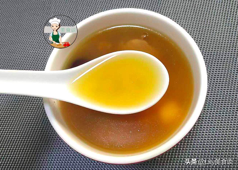 """清明前后湿气重,这""""祛湿汤""""给家人喝,鲜香甘甜,春天喝特营养 美食做法 第6张"""