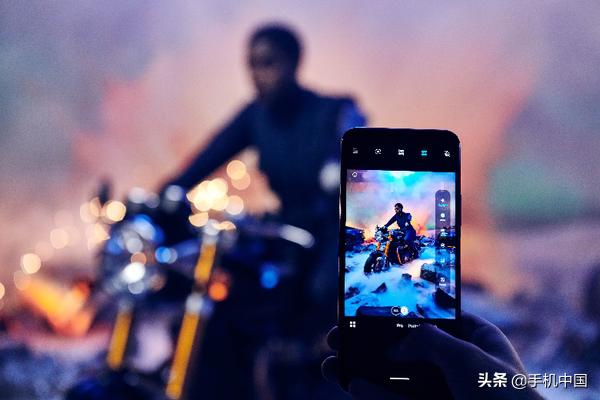 Nokia携手并肩《007:无暇赴死》影片:变成官方网协作手机上