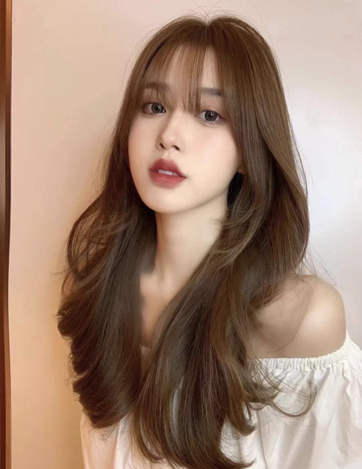 长脸女生想剪头,这4款发型才显气质更时髦,也是2021流行款