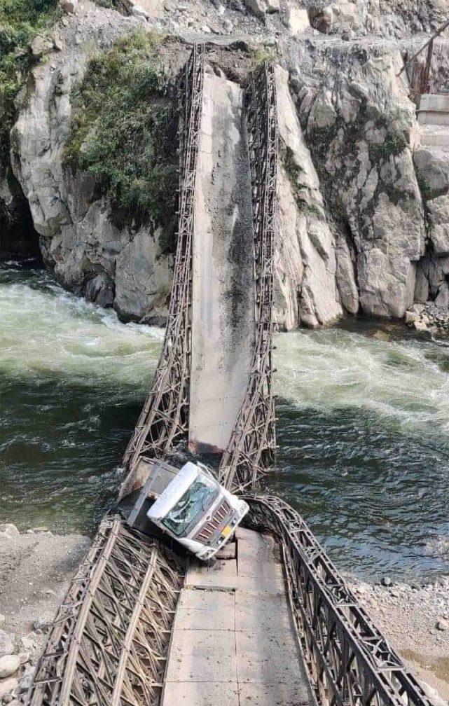 藏南地区一桥梁再次垮塌,印媒:影响印军在边境地区战略行动