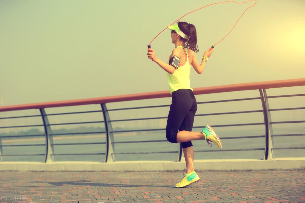 跳绳,一项公认的燃脂训练!每次15分钟,你会有什么变化? 减肥瘦身 第7张