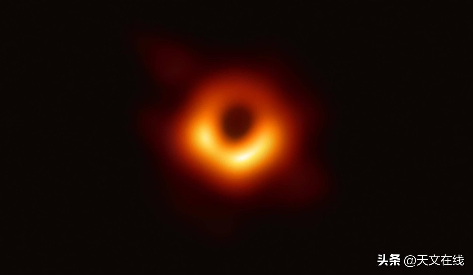 如何区分由反物质和物质组成的黑洞?