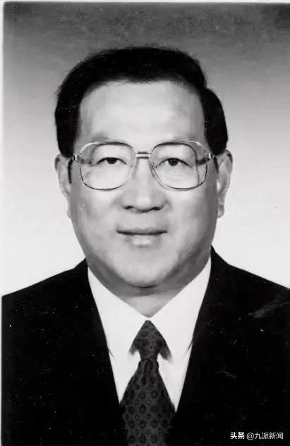 财政部原部长金人庆因家中失火受伤,抢救无效死亡
