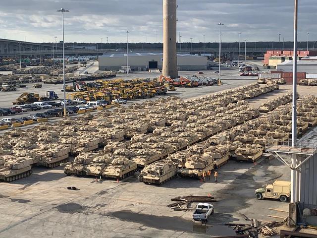 美军又开倒车,部署大军到俄罗斯家门口搞事!战斗民族强硬警告