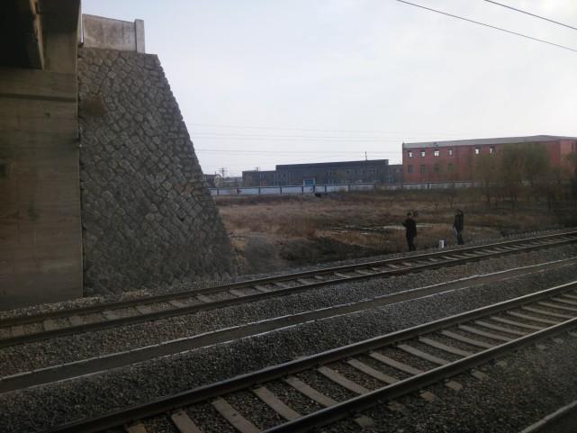 朝鲜人都能分配到住房,但是很多人却买不起手机