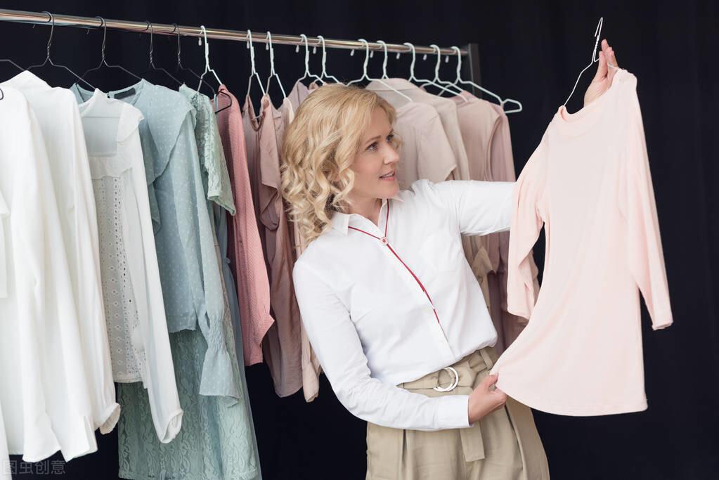 服装店3个月裂变5万名会员,老板净赚90万,背后模式引发深思