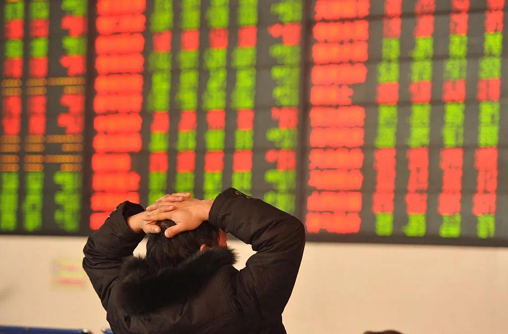 中国股市走势:机构投资者地位提升,散户影响力减弱