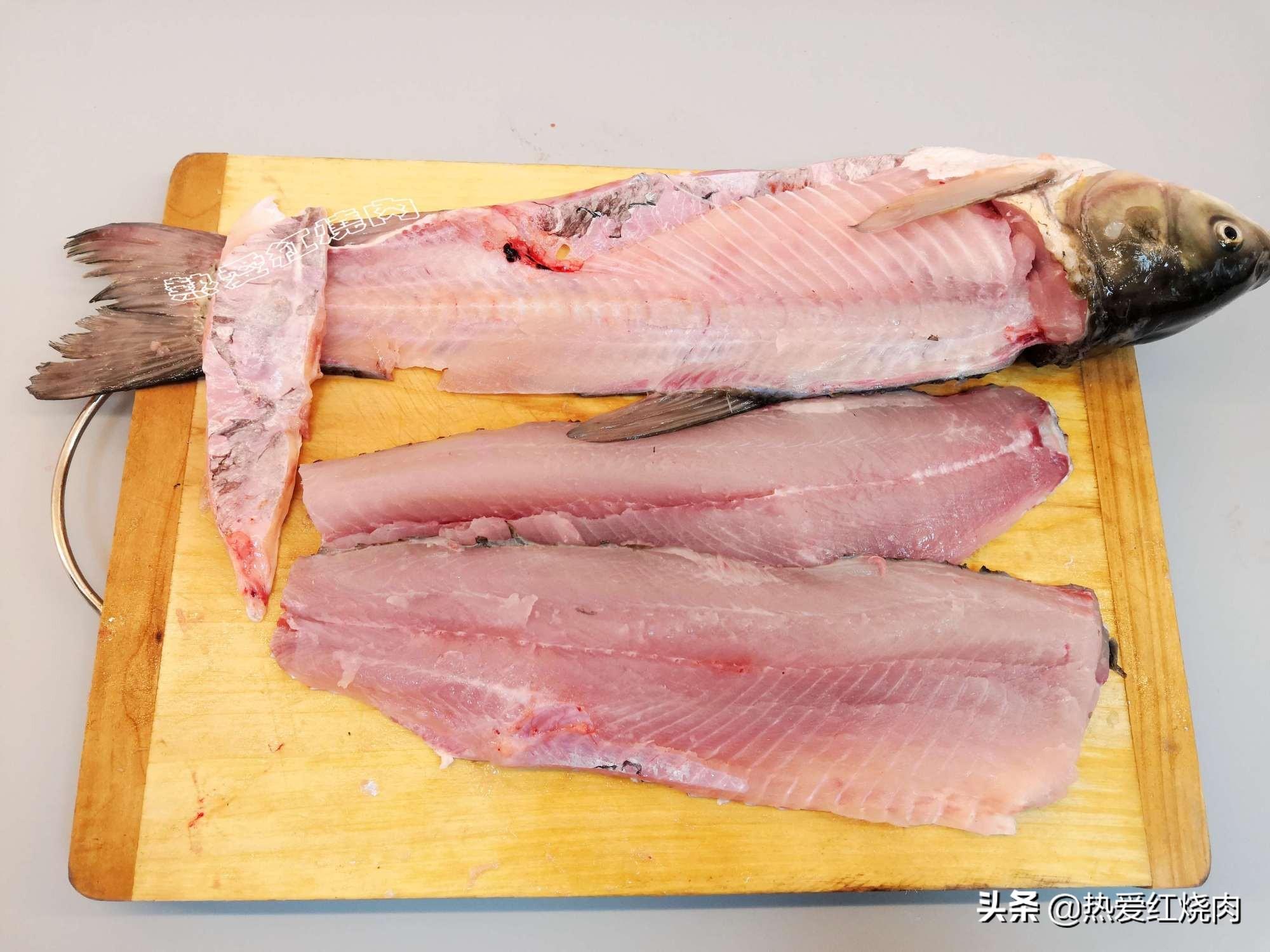 28元買了條大草魚,做成魚丸一大鍋,口感Q彈無添加一點也不腥