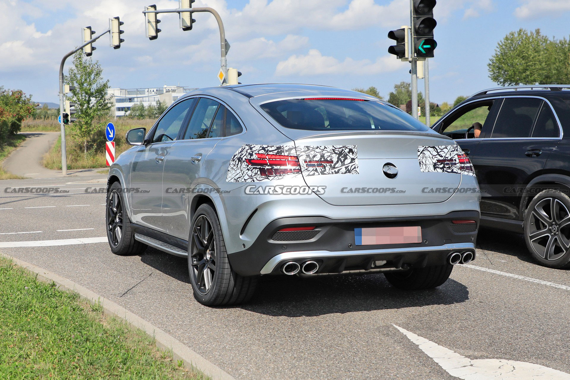 变化都在意料之中,中期改款奔驰AMG GLE 53轿跑版测试谍照曝光