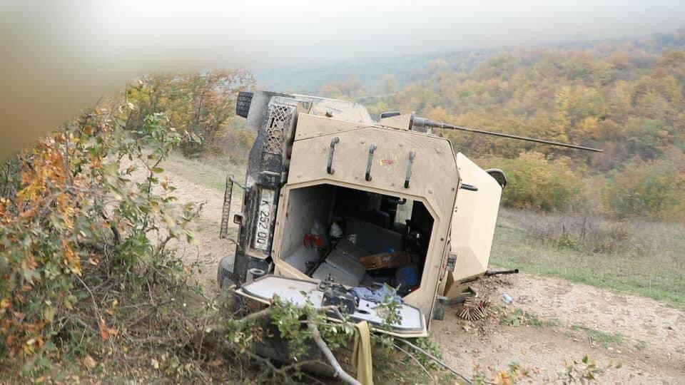 惨烈!阿塞拜疆特种部队再遭重创,车队遭伏击乘员被烧成炭人