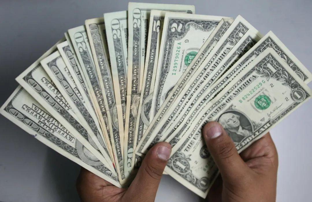 货币贬值+通货膨胀,机智的投资人如何更好配置资产?