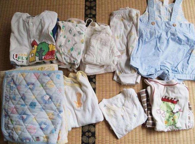 章子怡爆料儿子的用品都捡醒醒的用,真是大女儿精养,小儿子散养