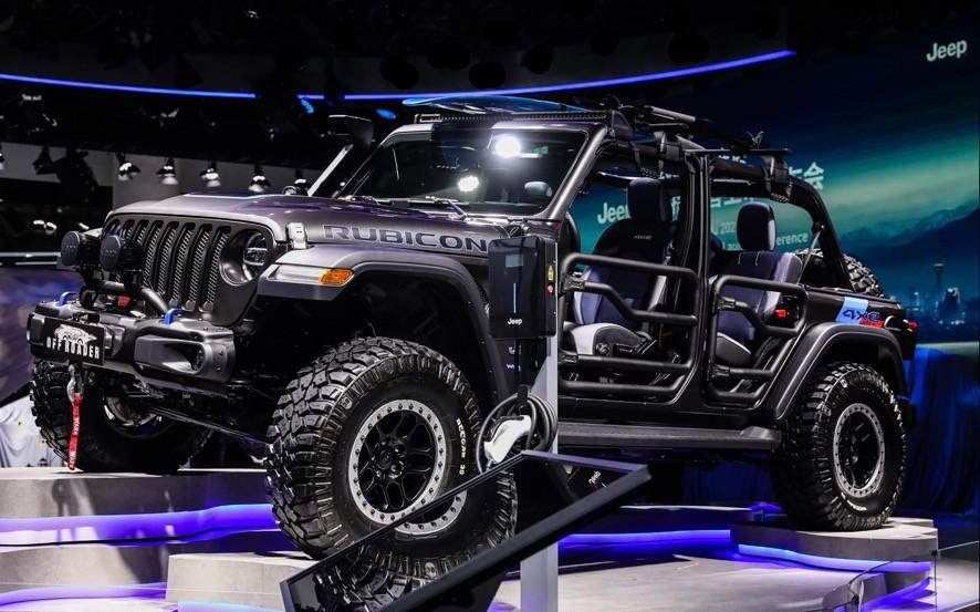 Jeep®新大指挥官焕然登场,全路况SUV家族重磅集结,玩转生活之都