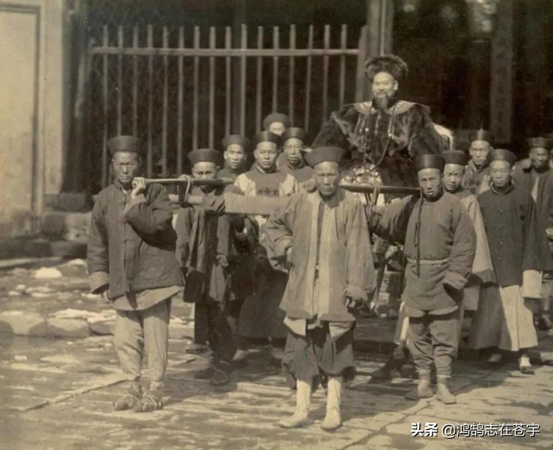 清末老照片,李鴻章的繼室端莊秀麗,穿帥服的袁世凱頗有自信