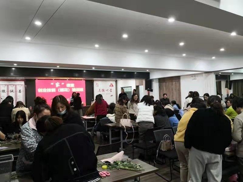 学史力行,江苏泰州兴化市总工会把实事办到职工群众心坎上