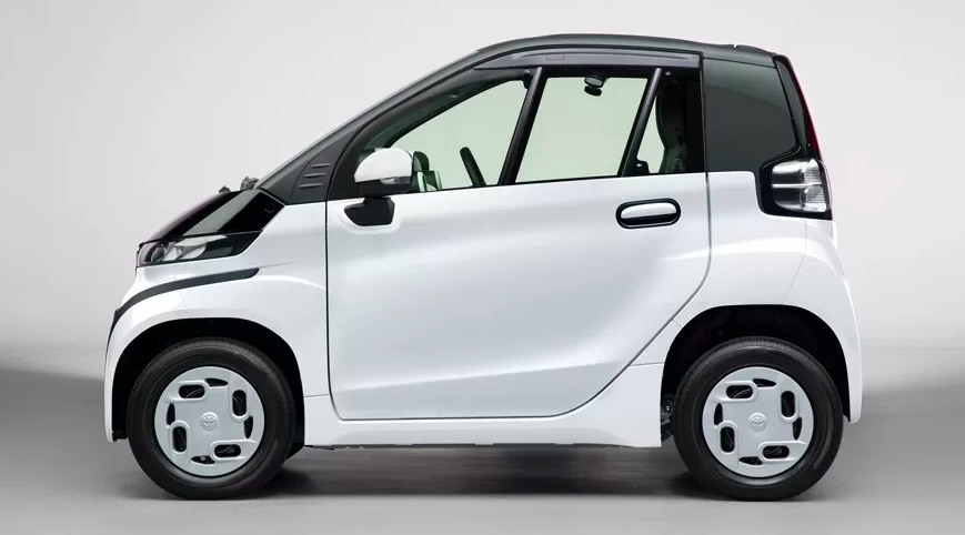 快讯|丰田正式推出电动老头乐 比五菱宏光MINI EV小还贵