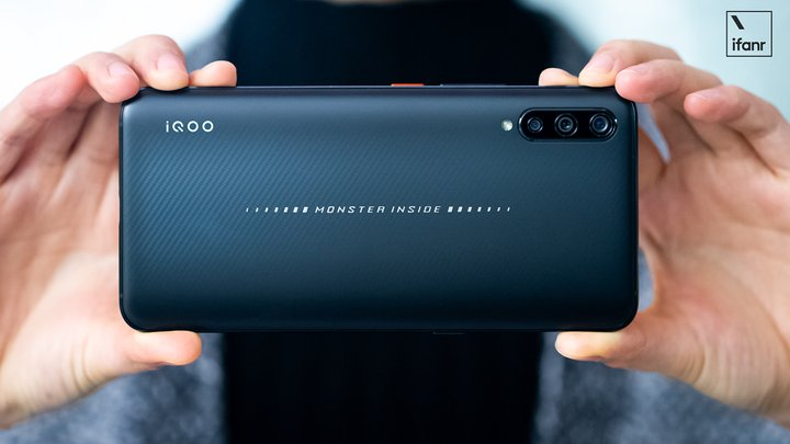 iQOO 猛兽版体验:vivo 初试「互联网手机」,比想象中更稳一点