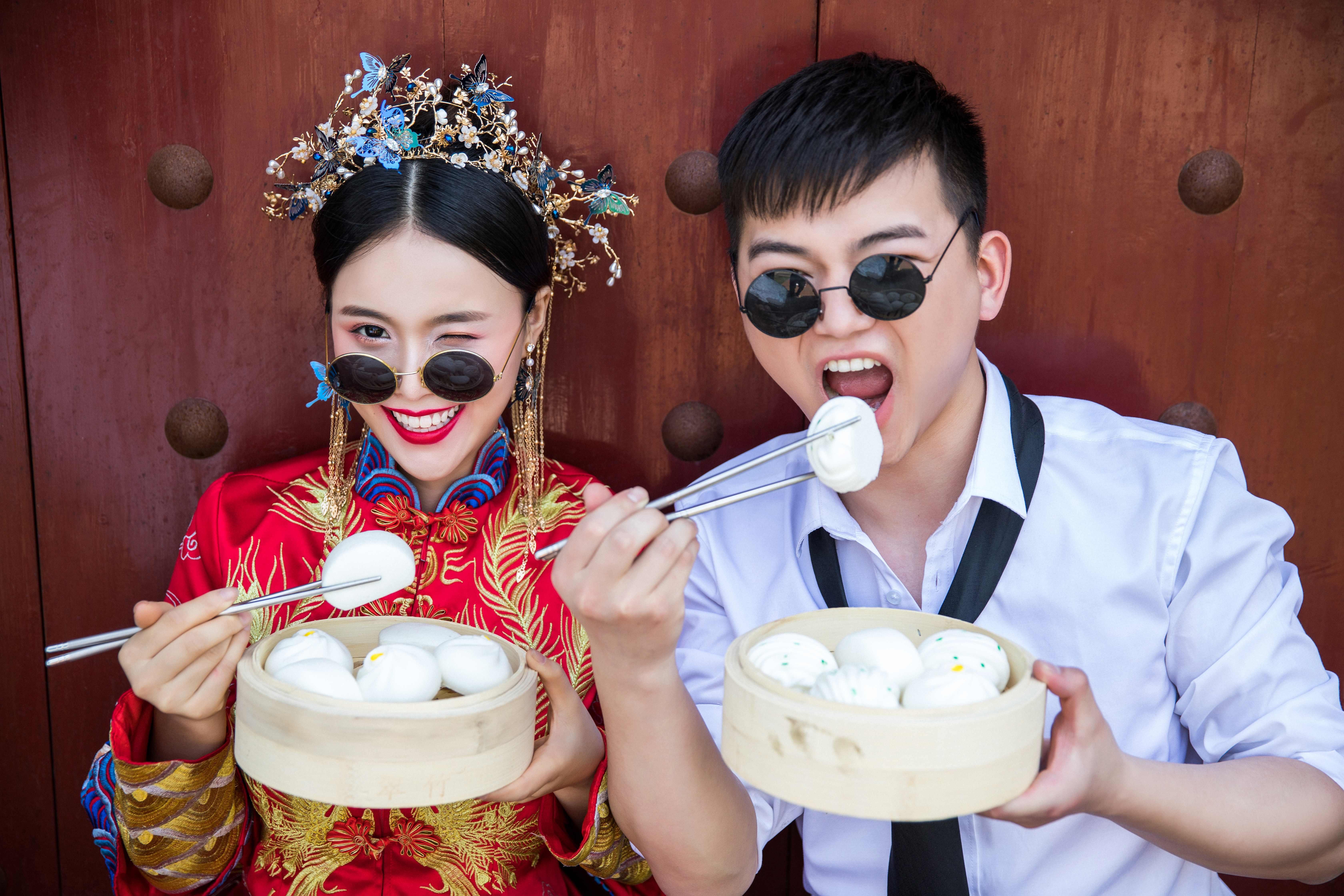 """旅拍婚纱照!打卡千岛湖骑龙巷古街,来一套""""很可""""中国风婚纱照"""