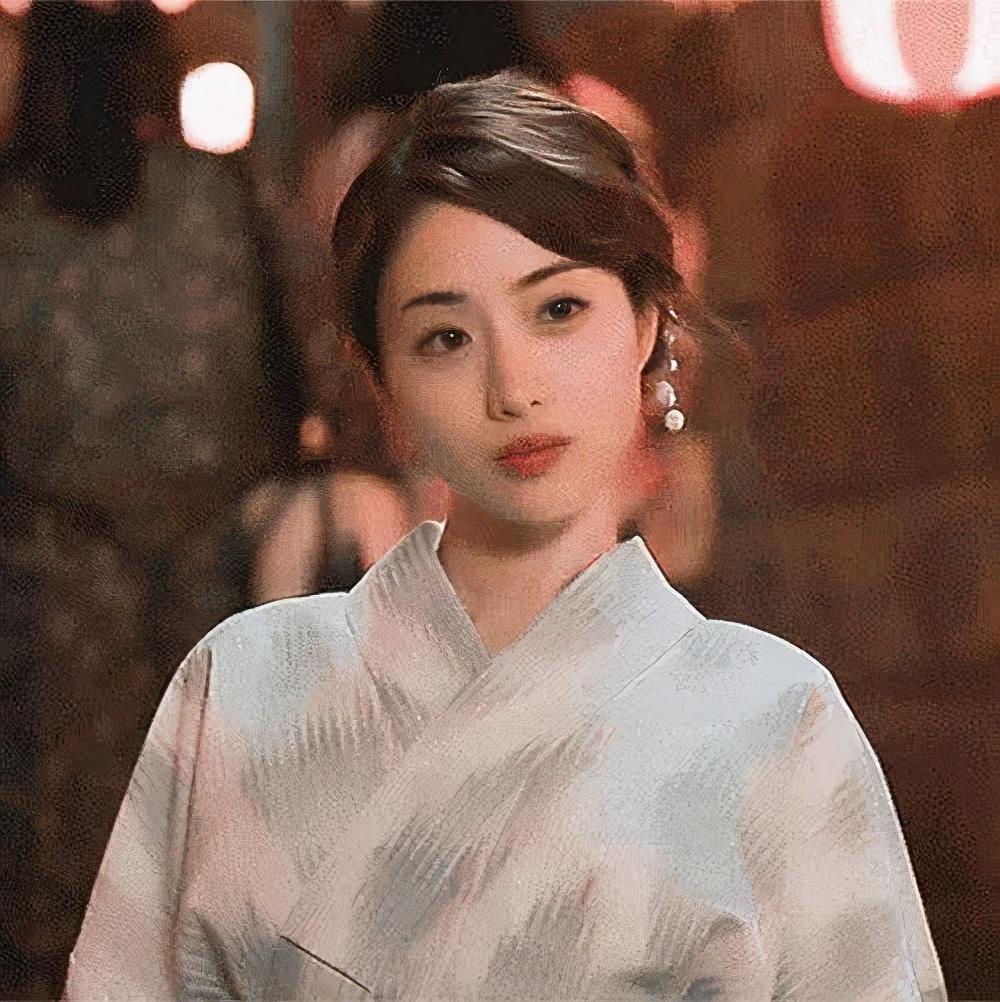 女神要嫁人了!可清纯可性感的日本女星石原里美魅力真足