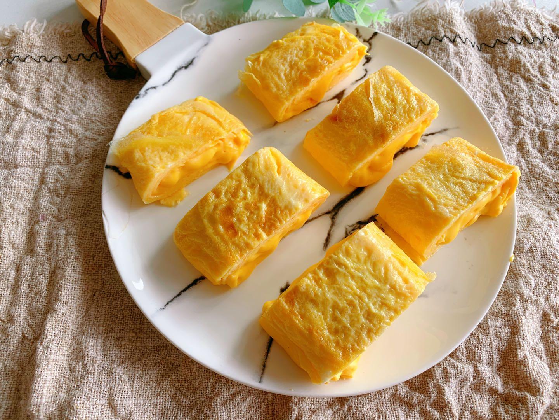4個雞蛋,半杯牛奶,教你做奶香濃郁,一口就爆漿厚蛋燒