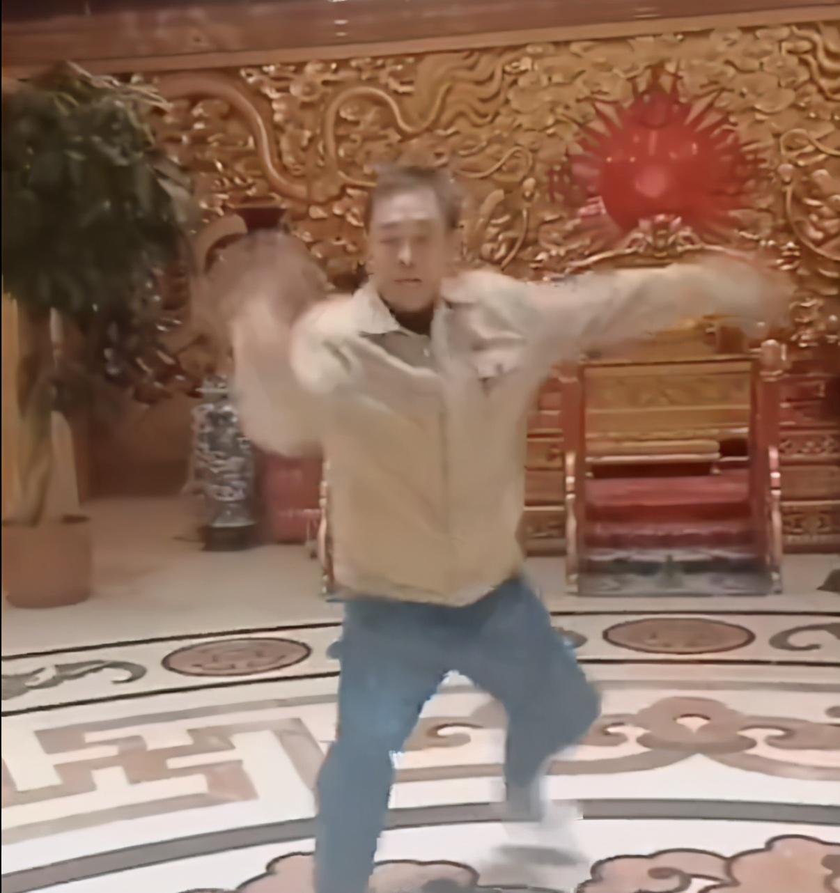 马保国百秒短片宣布重出江湖!成史上最短隐退大师,网友:太悲哀