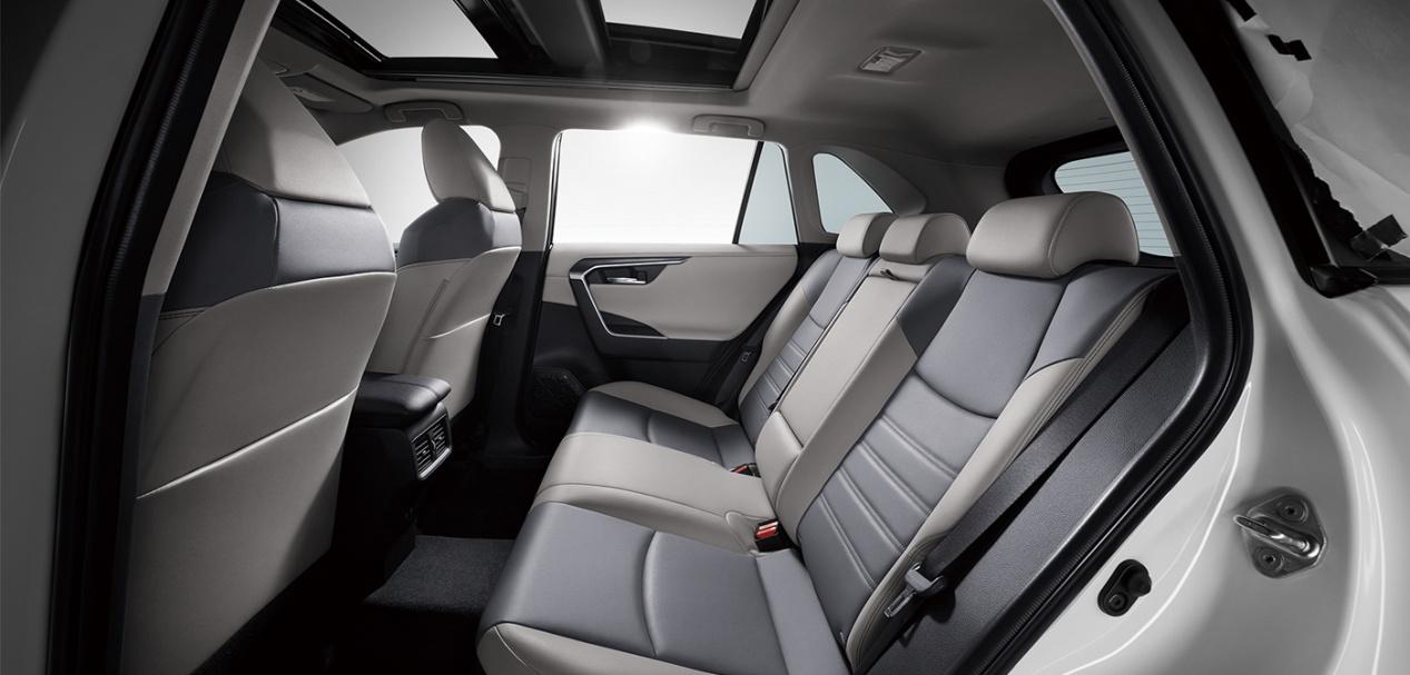 """三款网红高品质SUV横屏对比,谁才是""""轻奢""""SUV的代表?"""