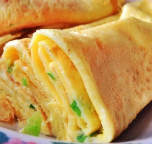 金黄爽口鸡蛋饼,软糯劲道儿,好吃美味,柔软爽口,早餐必备