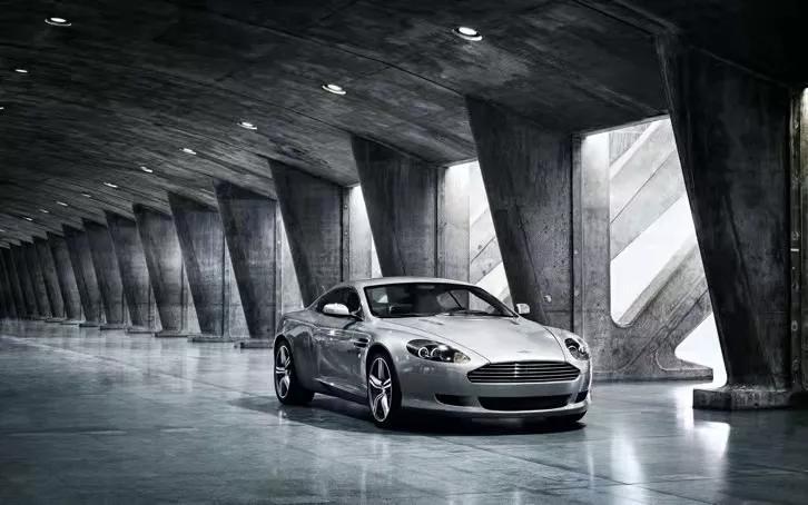 世界十大名车品牌排行榜,带你体验真正的速度与激情