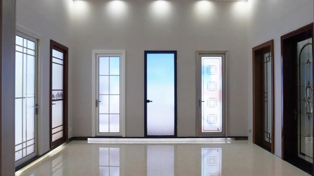 铝合金门窗十大品牌 | 新帝豪门窗 | 为什么选择铝合金平开门?