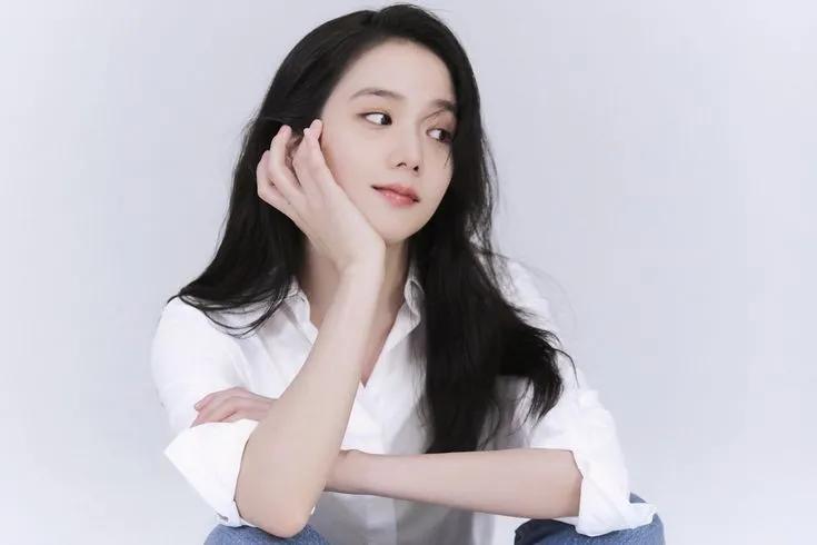 JYP新女团成员预测;女爱豆作为演员活动时,谁的简历照更胜一筹?