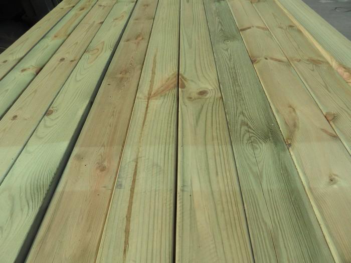 露台打算做防腐木地板?先来了解一下它吧