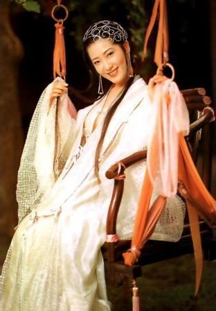 古代内衣文化:不仅卫生保健,更完美自由地展现了女性的魅力