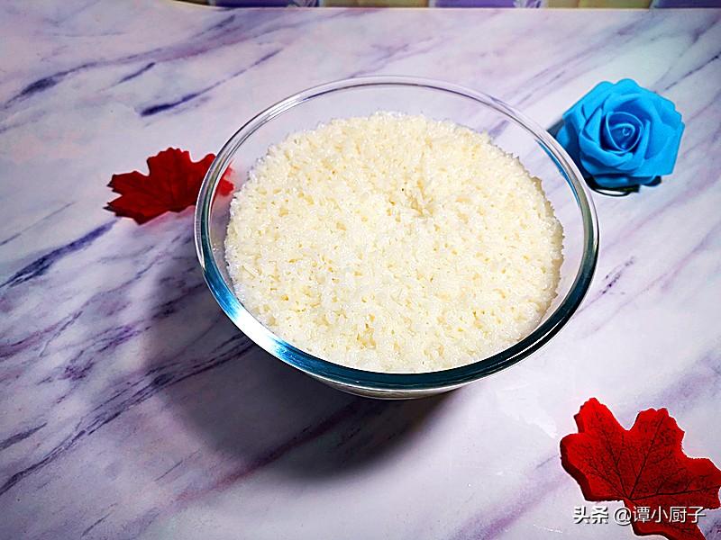 电压力锅蒸米饭放多少水(电压力锅一碗米几碗水)