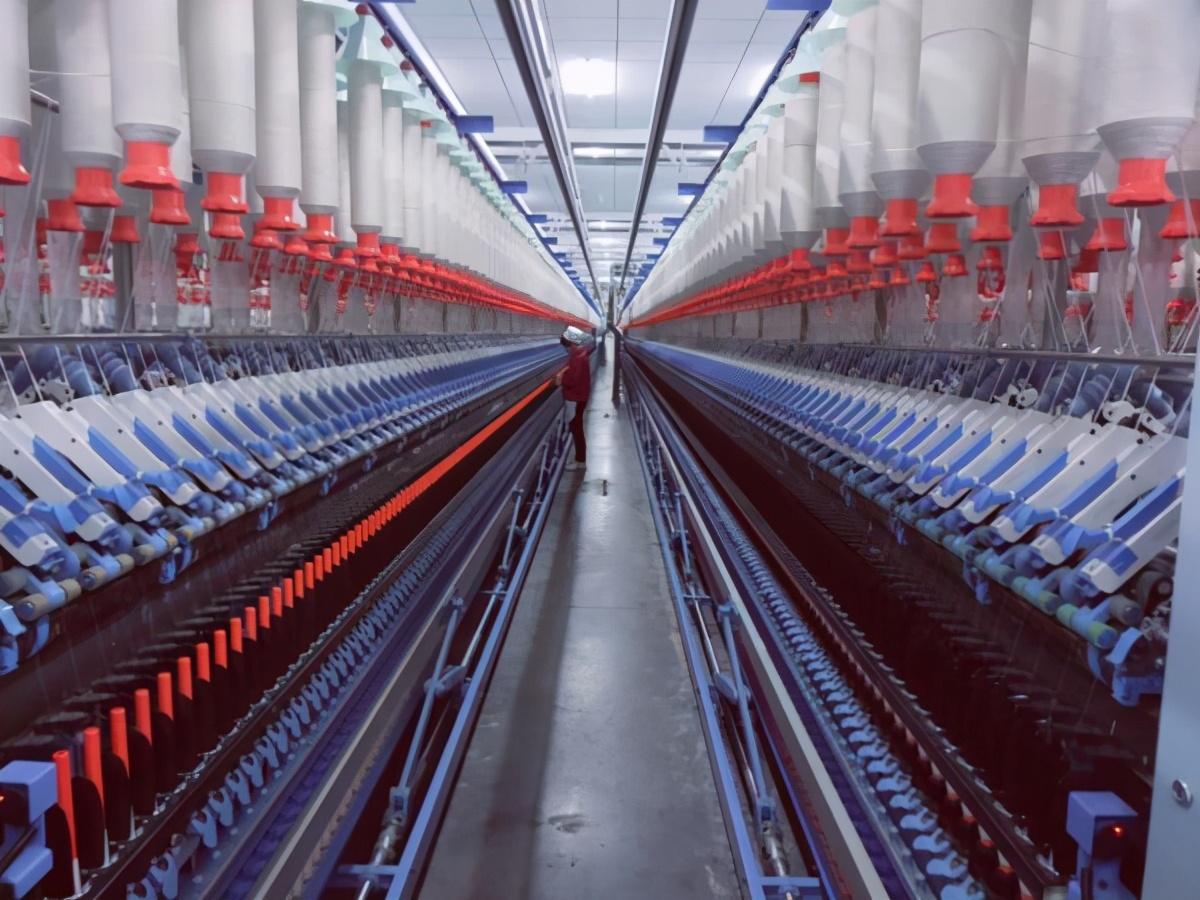 """棉价下跌,纺织行业""""金三银四银""""一直在波动!行业:要继续完善产业链,培育国产自主品牌"""