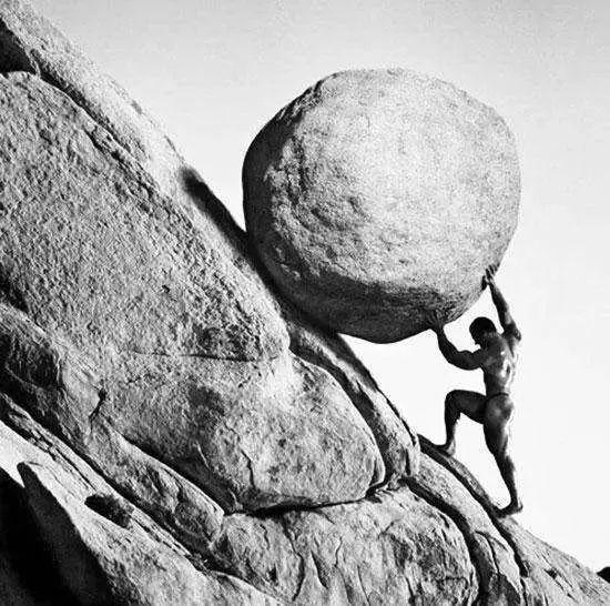 坤鹏论:人生是荒谬的,我们更该乐观地活着-坤鹏论
