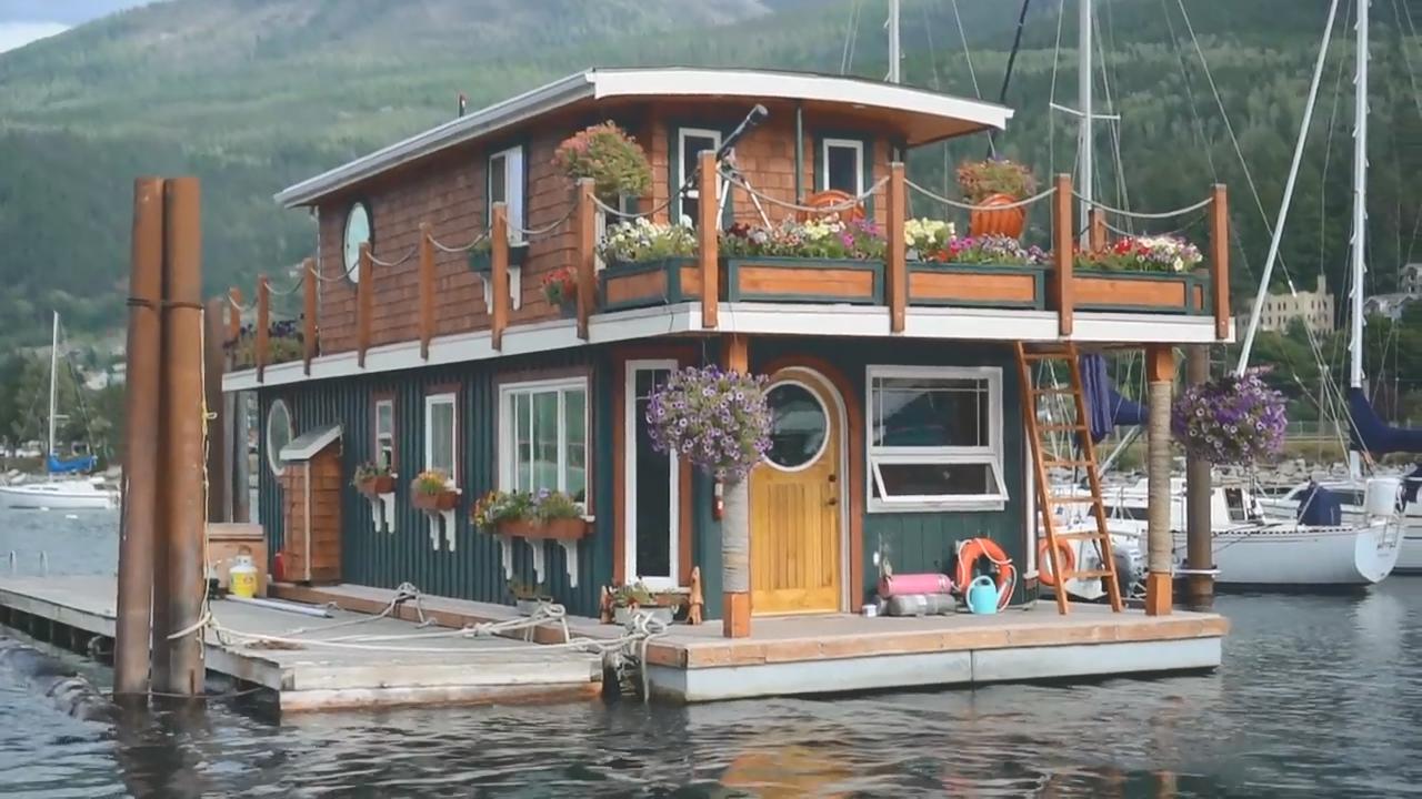 浪子也回头,当漂浮房屋遇上英式浪漫