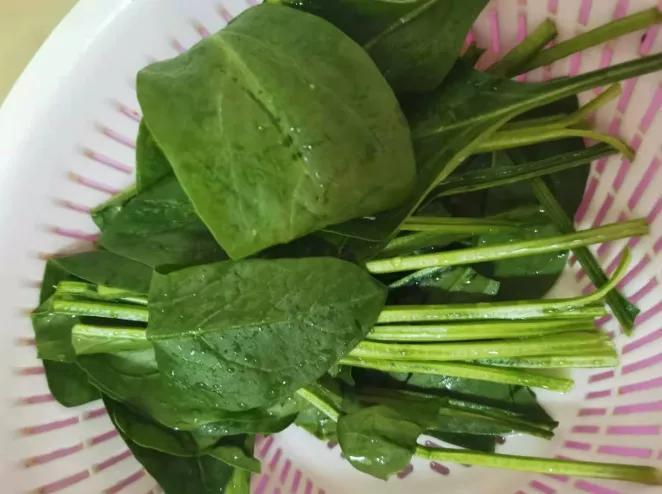 健酮食谱 | 美味的菠菜肉丸子汤