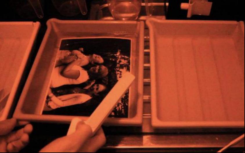 短短20年,拍照这事儿怎么就变得比吃饭还要简单?
