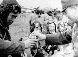 被国军残兵打得屁滚尿流的缅军,突然悍比日军