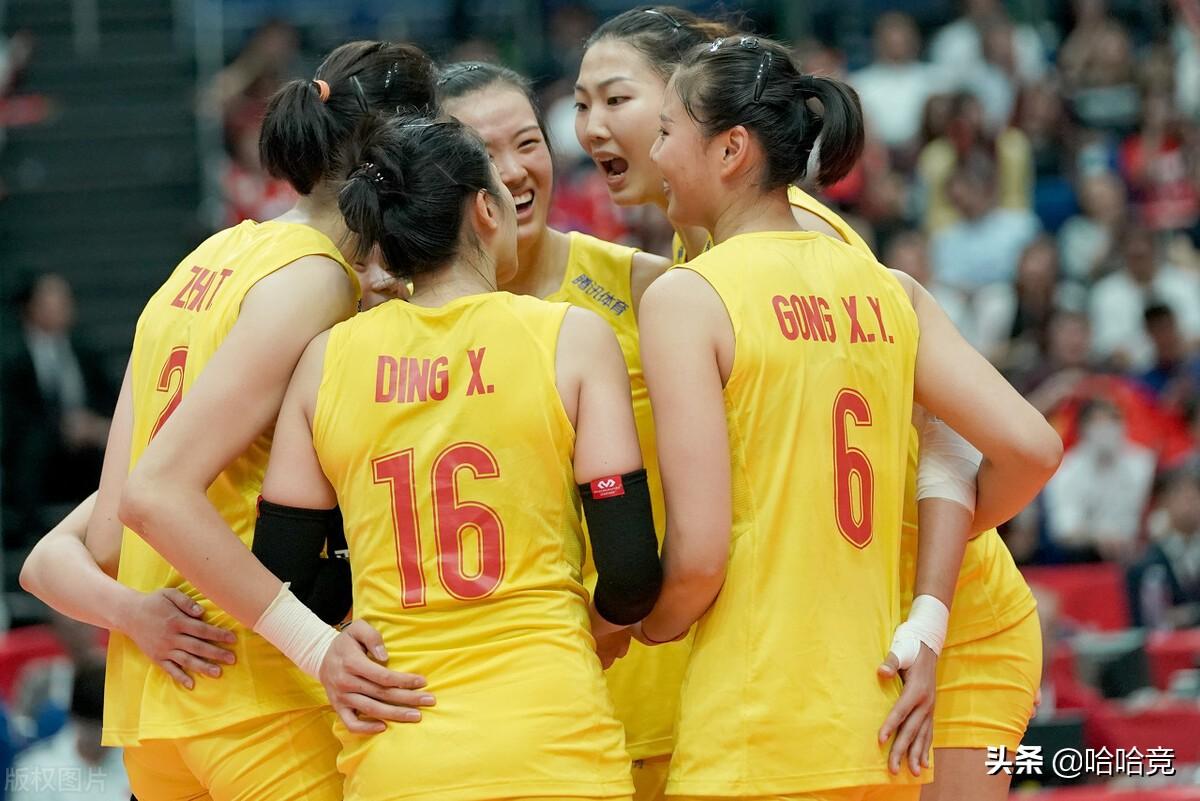 张常宁重回首发砍下18分,中国女排3比0完胜泰国,夺世联赛第2胜