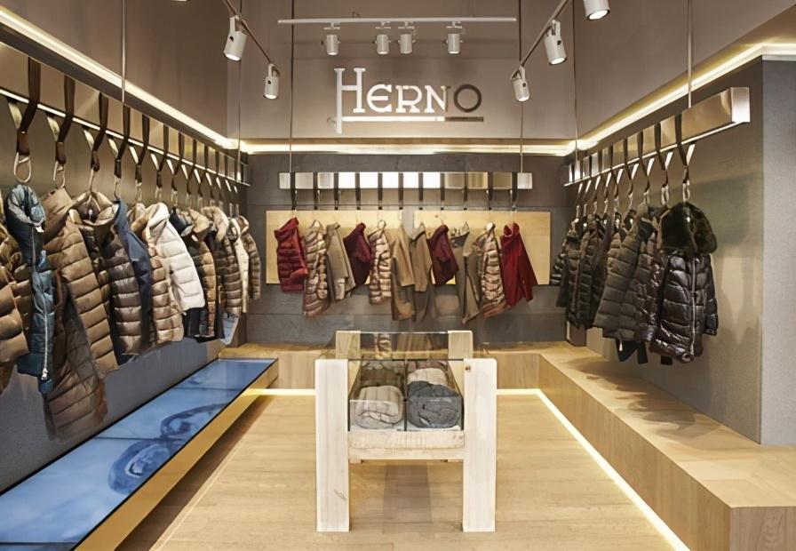 国产品牌的羽绒服真不贵,这20多个品牌最便宜的也要几千块