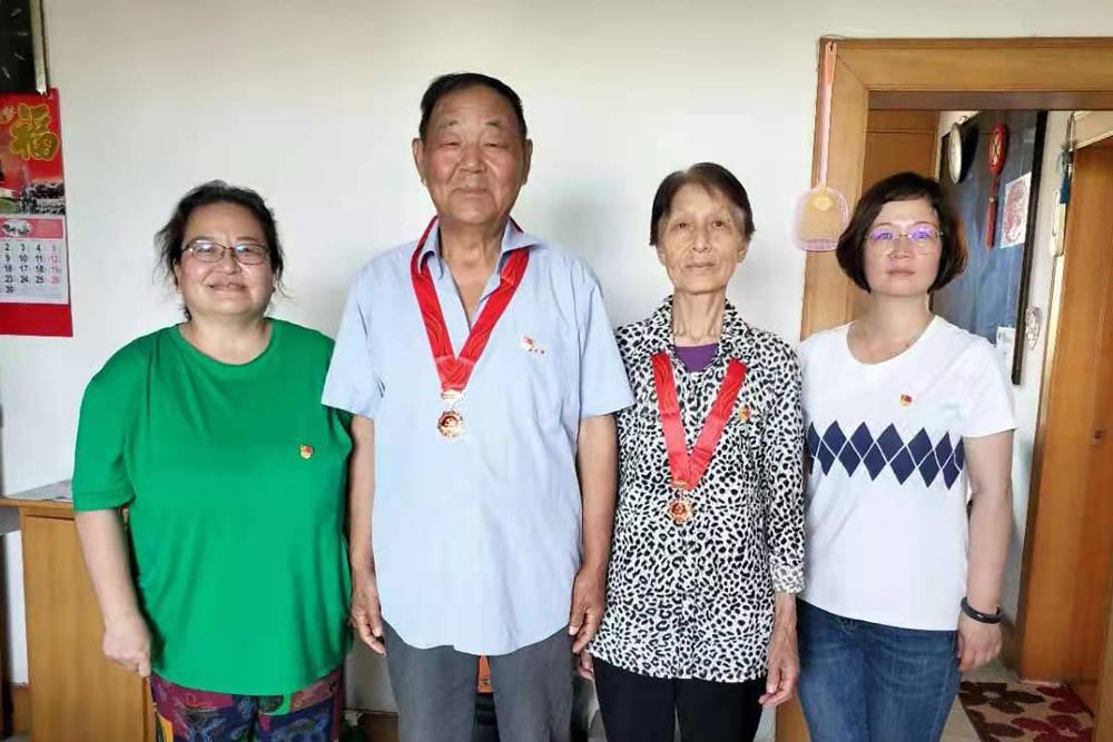 天津滨海:祝贺您,光荣在党50年的老党员